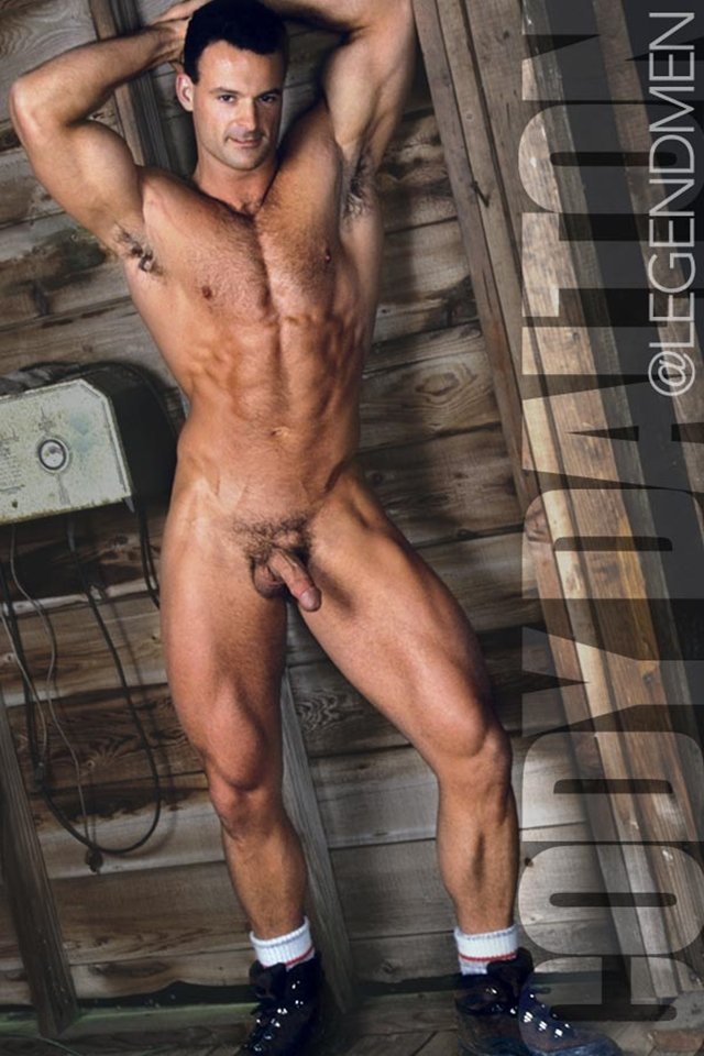 Legend-Men-Muscle-Hunk-Nude-Bodybuilder-Cody-Dalton-gay-porn-pics-video-photo