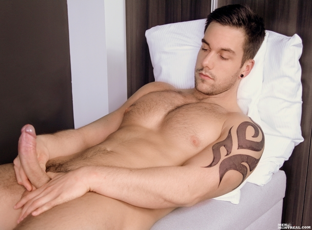 Felix-Brazeau-Gay-Porn-Star-Men-of-Montreal-naked-muscle-hunks-huge-cock-muscled-bodybuilder-09-pics-gallery-tube-video-photo