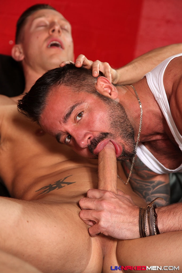 Martin-Mazza-and-Kingsley-Rippon-UKNakedMen-hairy-young-men-muscle-studs-British-gay-porn-English-Guys-Uncut-Cocks-02-pics-gallery-tube-video-photo