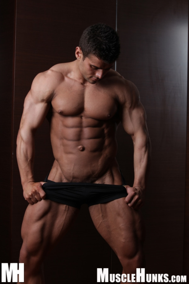 Benny-Ryder-Live-Muscle-Show-Gay-Naked-Bodybuilder-nude-bodybuilders-gay-muscles-big-muscle-men-gay-sex-05-gallery-video-photo