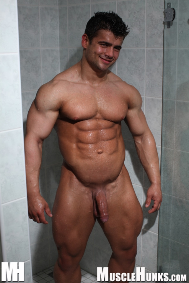 Benny-Ryder-Live-Muscle-Show-Gay-Naked-Bodybuilder-nude-bodybuilders-gay-muscles-big-muscle-men-gay-sex-15-gallery-video-photo