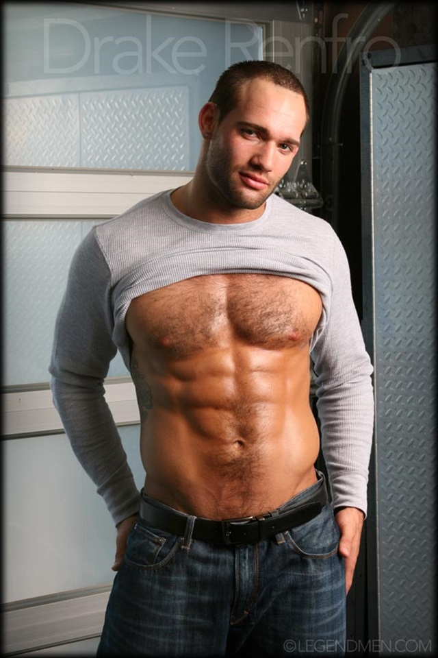 Drake-Renfro-Legend-Men-Gay-Porn-Stars-Muscle-Men-naked-bodybuilder-nude-bodybuilders-big-muscle-huge-cock-012-gallery-video-photo