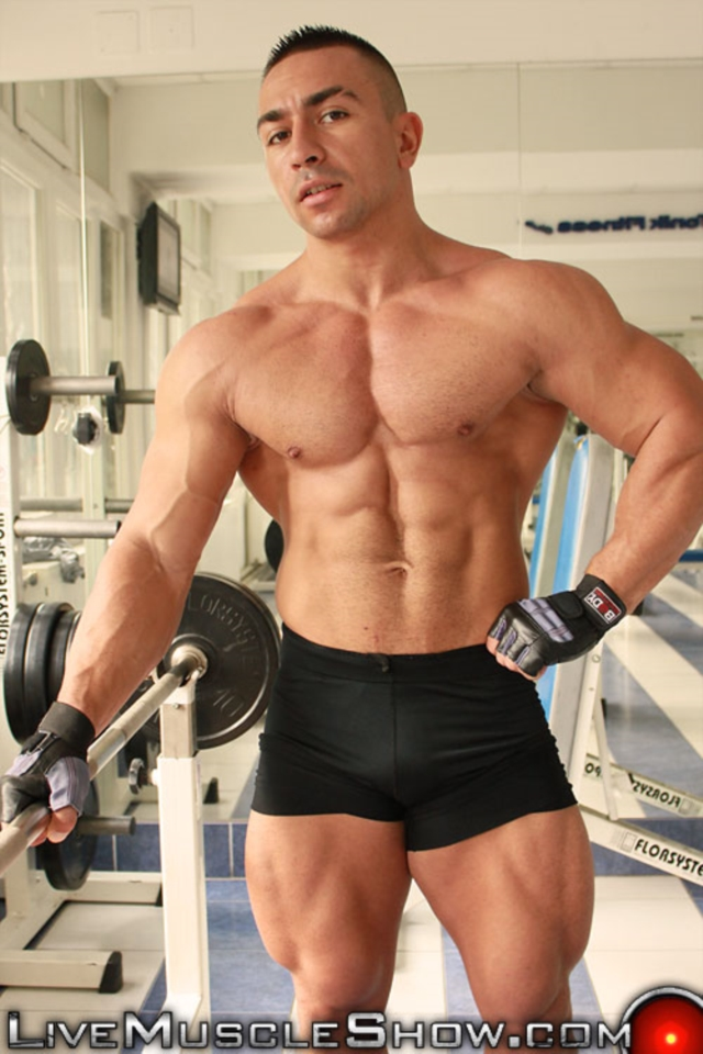 Jack-Osborne-Live-Muscle-Show-Gay-Naked-Bodybuilder-nude-bodybuilders-gay-fuck-muscles-big-muscle-men-gay-sex-01-gallery-video-photo