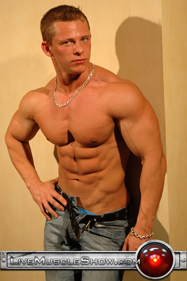 Johnny-Dirk-Live-Muscle-Show-Gay-Porn-Naked-Bodybuilder-nude-bodybuilders-gay-fuck-muscles-big-muscle-men-gay-sex-005-gallery-video-photo