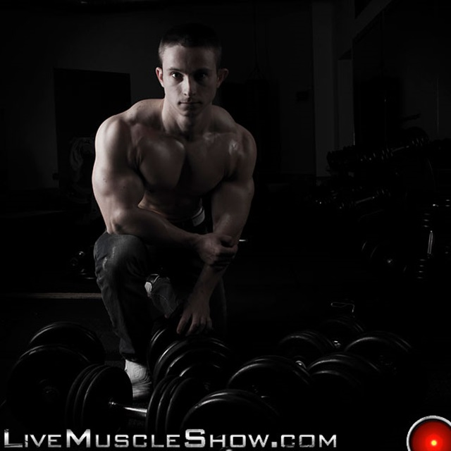 Pavel-Nikolay-Live-Muscle-Show-Gay-Porn-Naked-Bodybuilder-nude-bodybuilders-gay-fuck-muscles-big-muscle-men-gay-sex-005-gallery-video-photo