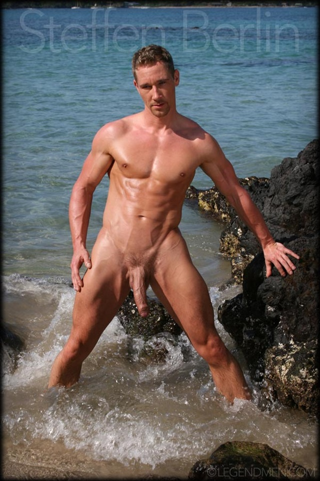 Steffen-Berlin-Legend-Men-Gay-Porn-Stars-Muscle-Men-naked-bodybuilder-nude-bodybuilders-big-muscle-huge-cock-004-gallery-video-photo
