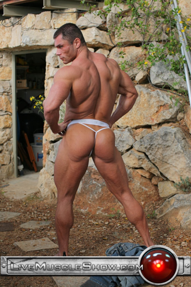 Bodybuilder Nude Video