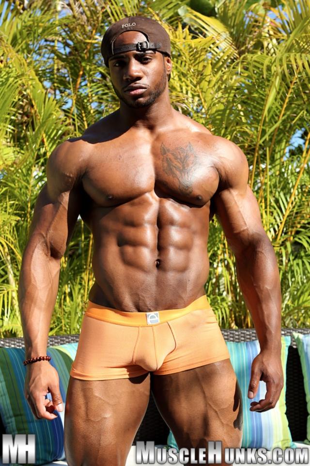 Gallery nude body building