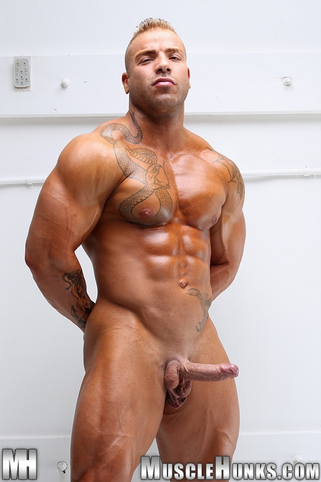 porn-bald-bodybuilder-takes-off-panties-pussy-gif