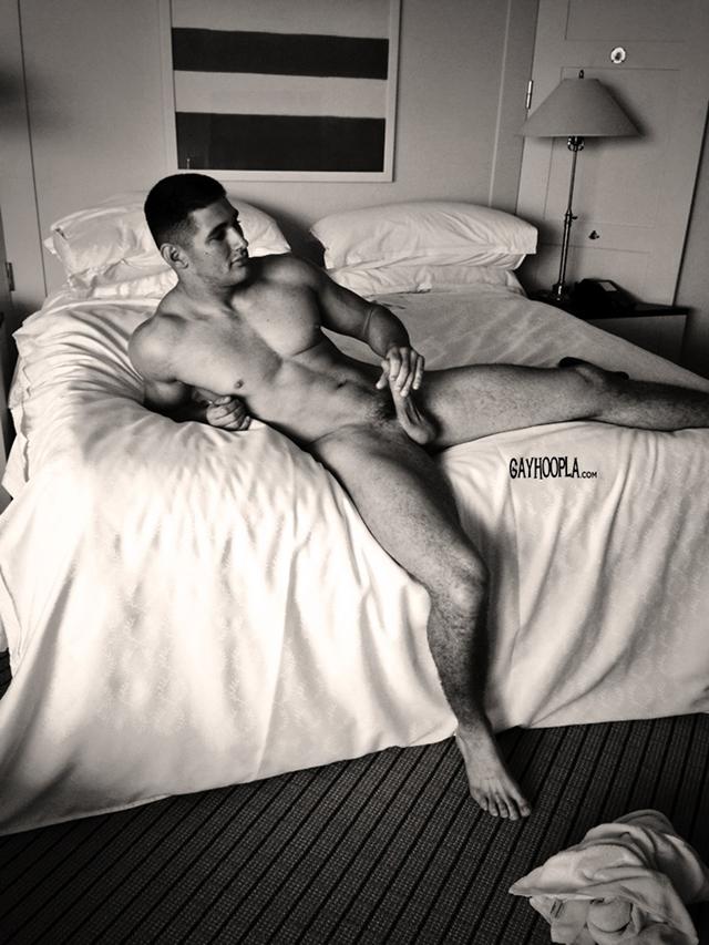 gayhoopla  Max Summerfield