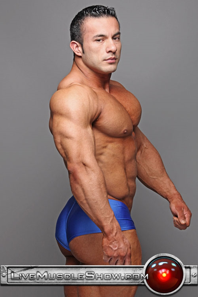 live muscle show  Anton Buttone