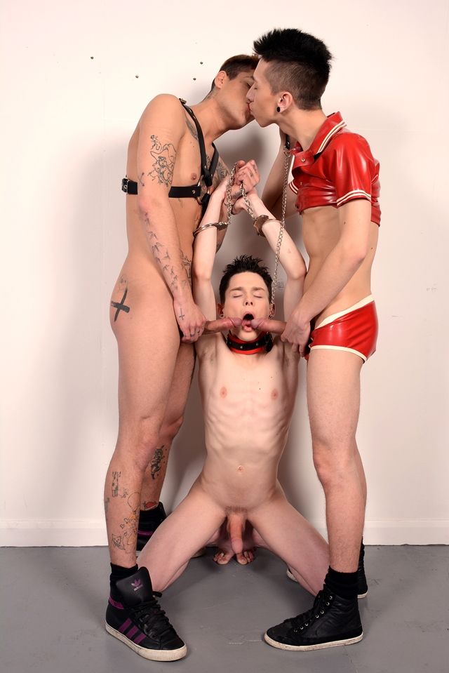 Staxus-Chase-Evans-Mickey-Taylor-Aaron-Aurora-fuck-buddies-dirty-wankers-ass-hole-stretching-006-male-tube-red-tube-gallery-photo