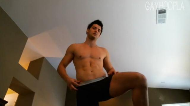 gayhoopla  Jesse Blum