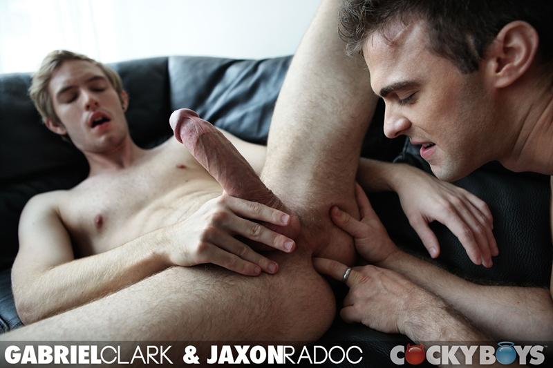 cocky boys  Gabriel Clark Fucks Jaxon Radoc