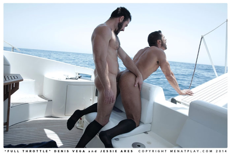 muscle men 2 men at play  Denis Vega and Jessy Ares