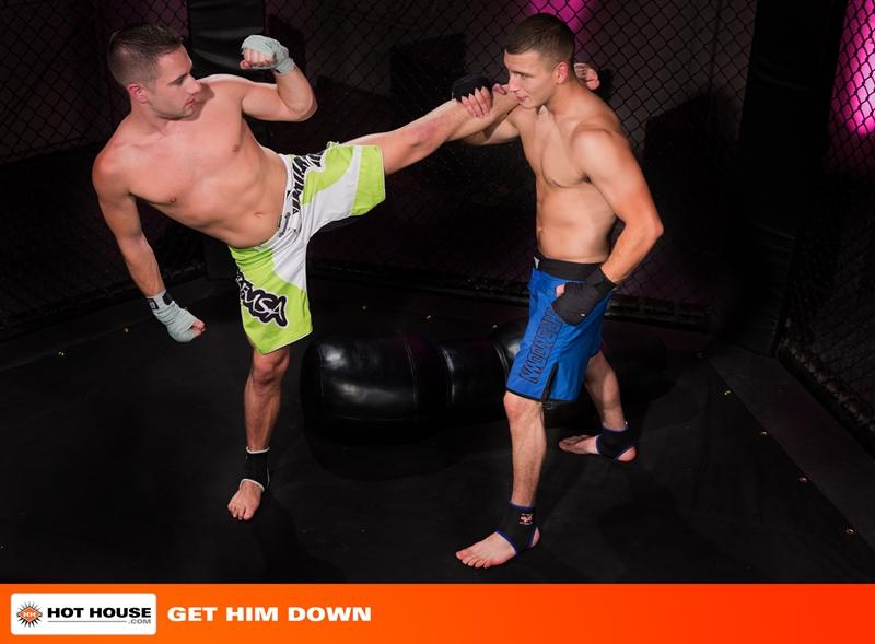 Kickboxers Dylan Knight and Jimmy Roman fucking