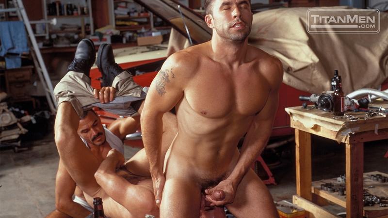 Erotic fat cockholds