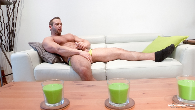 Maskurbate-sexy-naked-dude-JP-gym-muscled-hunk-huge-big-dick-flat-stomach-stud-ripped-abs-bearded-facial-hair-011-gay-porn-video-porno-nude-movies-pics-porn-star-sex-photo