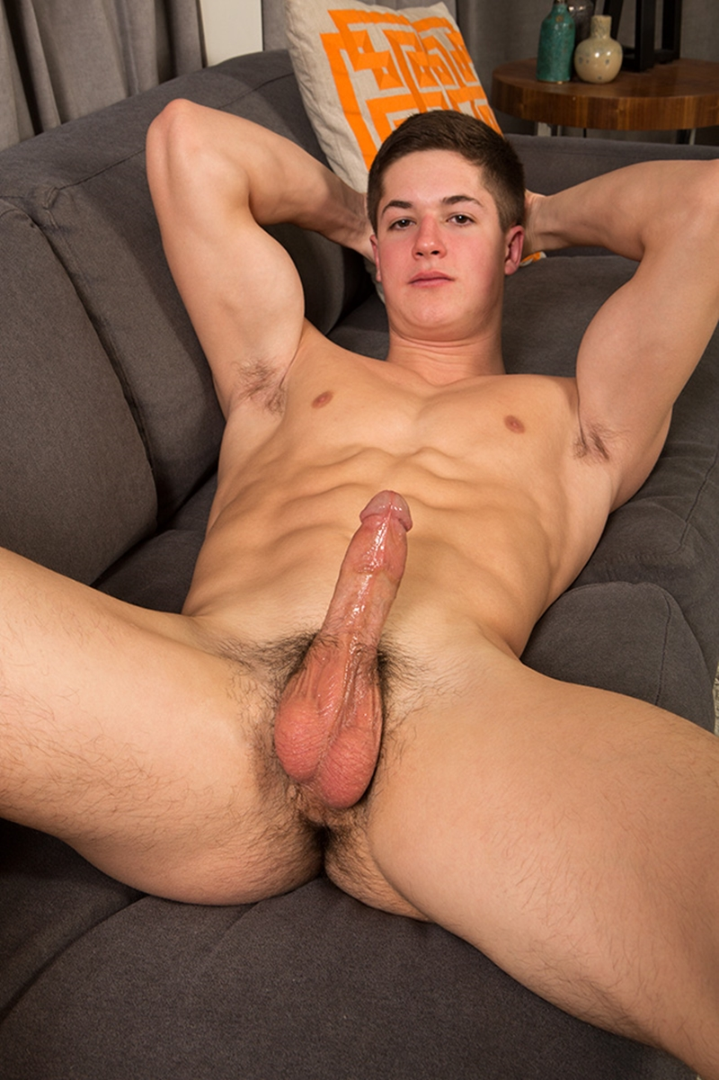 with young muscle naked big cock men