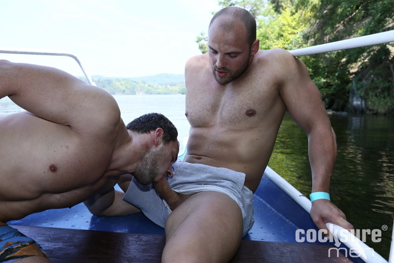 Thomas Ride bareback raw ass fucking Andy West's tight muscle asshole