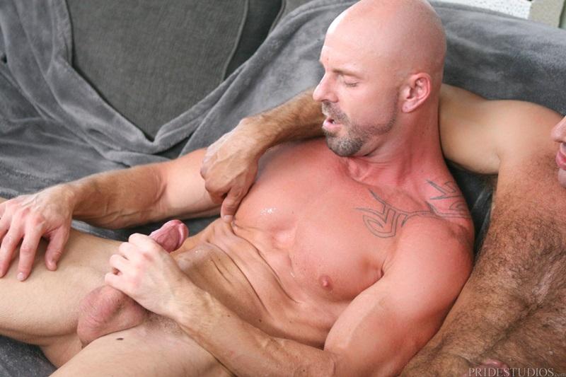 juicy hot guys sucking cock