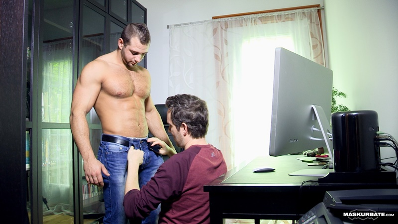 Maskurbate-sexy-big-muscle-hunk-JP-massive-thick-uncut-dick-sucked-dude-blowjob-Pascal-foreskin-hairy-chest-asshole-ripped-abs-005-gay-porn-tube-star-gallery-video-photo