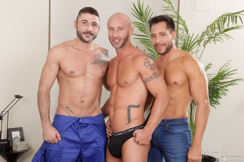Hot sexy threesome Ansony and Max Toro bareback fucking Aymeric Deville
