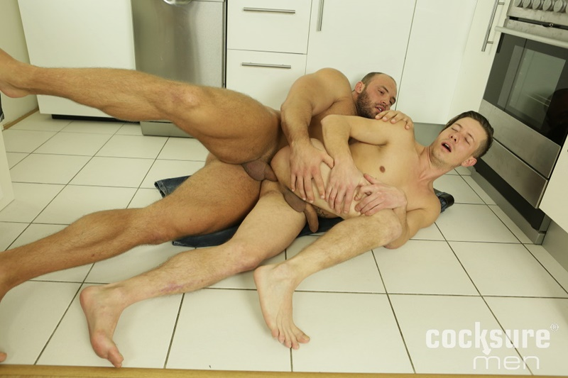 CocksureMen-Hairy-chest-muscle-stud-Thomas-Ride-Petr-Oteo-men-kissing-barebacking-bog-thick-long-bare-cock-ass-fucking-muscled-men-assplay-017-gay-porn-sex-gallery-pics-video-photo