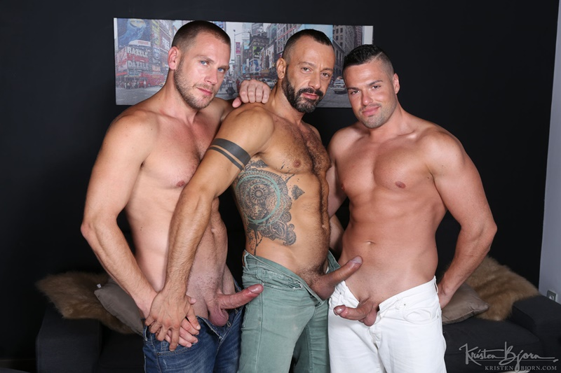 KristenBjorn-sexy-naked-muscle-men-Gabriel-Lunna-Alberto-Esposito-Hans-Berlin-threesome-ass-fucking-huge-uncut-cocks-anal-assplay-rimming-024-gay-porn-sex-gallery-pics-video-photo