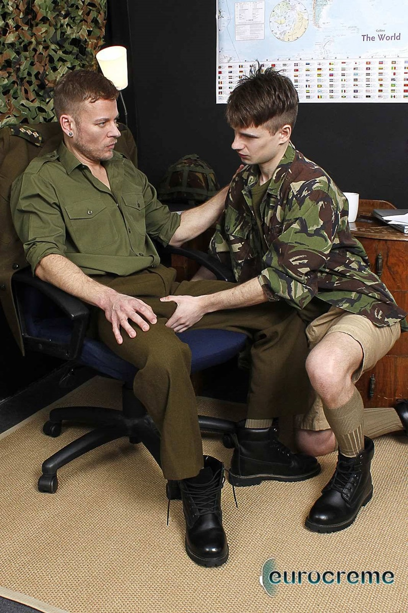 eurocreme-sexy-army-boys-marines-kamyk-walker-fucking-matt-anders-uniform-gay-sex-cocksucking-huge-monster-cocks-cocksucker-anal-rimming-011-gay-porn-sex-gallery-pics-video-photo