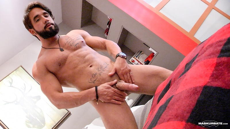maskurbate-sexy-long-hair-nude-muscle-tattoo-hunk-zack-big-thick-large-dick-ripped-six-pack-abs-muscle-stud-cumshot-orgasm-001-gay-porn-sex-gallery-pics-video-photo