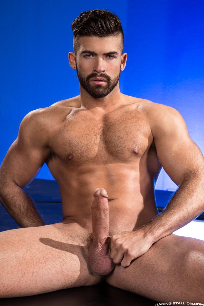 ragingstallion-sexy-naked-muscle-men-threesome-jacob-taylor-derek-deluca-jonah-fontana-hardcore-ass-fucking-big-thick-large-cocks-004-gay-porn-sex-gallery-pics-video-photo