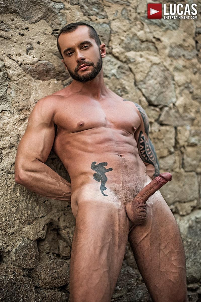 lucasentertainment-naked-big-tattoo-muscle-dudes-zander-craze-bareback-fucks-tyler-berg-ass-raw-bare-thick-large-huge-dick-sucking-003-gay-porn-sex-gallery-pics-video-photo