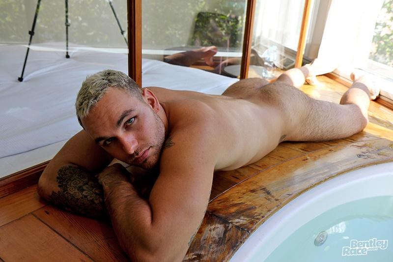 bentleyrace-sexy-young-naked-muscle-hunk-hunter-jones-australian-aussie-boy-beard-inked-tattoo-hairy-ass-cheeks-low-hanging-balls-007-gay-porn-sex-gallery-pics-video-photo