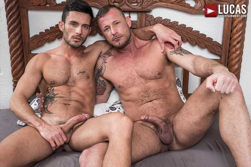 Logan Rogue's huge raw muscle cock barebacks Andy Star's tight bubble ass