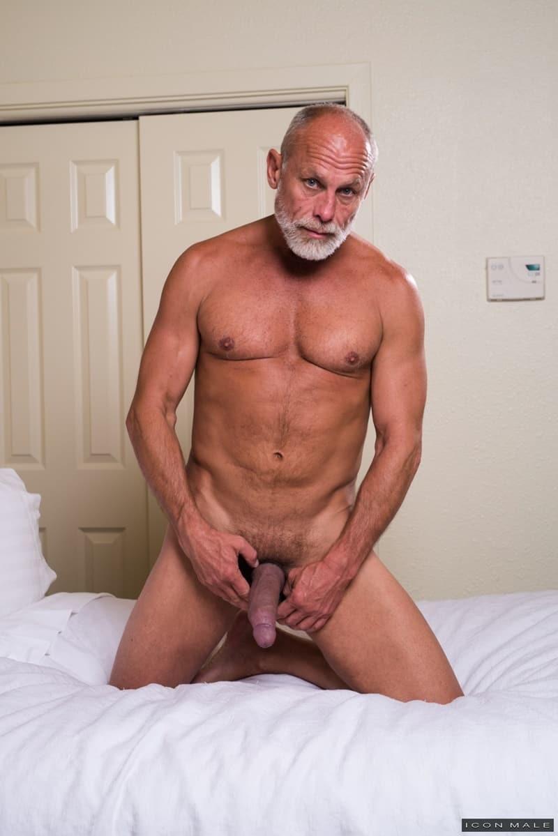 Mature muscle men galleries