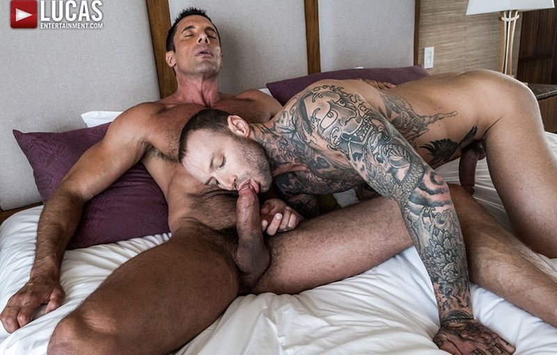 Tattooed stud Dylan James' huge cock fucks big muscle daddy Nick Capra's tight asshole