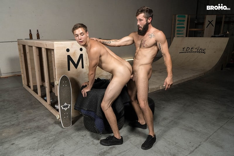Men for Men Blog Bromo-Jeff-Powers-and-Zane-bubble-barebacks-butt-ass-009-gay-porn-pics-gallery Bearded hunk Jeff Powers returns the wet blowjob before ramming Zane's tight hole raw Bromo