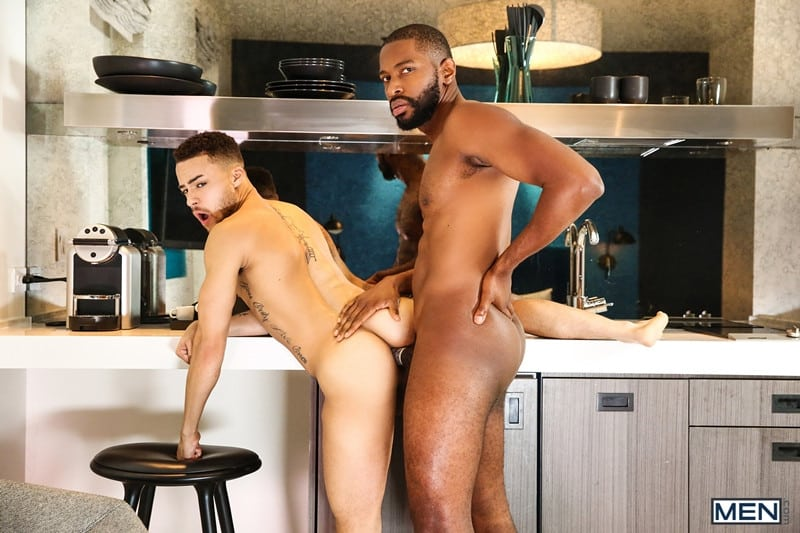 Men for Men Blog Beaux-Banks-Lawrence-Portland-Muscular-hottie-fucks-hot-bubble-ass-anal-rimming-Men-016-gay-porn-pictures-gallery Muscular hottie Lawrence Portland fucks the hot bubble ass of Beaux Banks Men