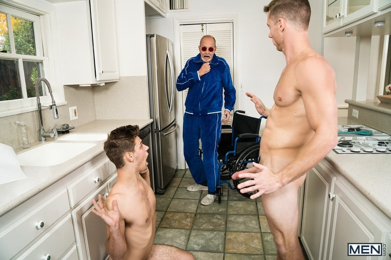 Men for Men Blog Michael-Del-Ray-Justin-Matthews-Ripped-dude-huge-dick-dominates-smooth-bubble-ass-Men-008-gay-porn-pics-gallery Ripped dude Justin Matthews' huge dick dominates Michael Del Ray's hairy bubble ass Men