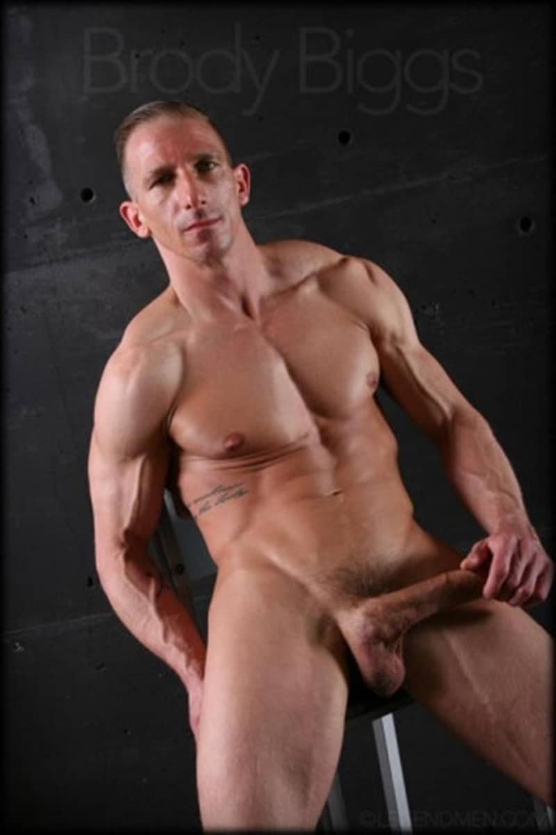 Brody-Biggs-ripped-big-muscle-body-jerks-huge-dick-massive-load-cum-LegendMen-007-gay-porn-pictures-gallery