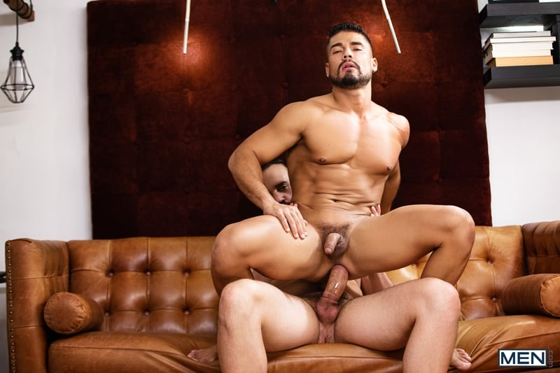 Andy-Onassis-massive-cock-Dann-Grey-bubble-butt-ass-hole-Men-011-Gay-Porn-Pics
