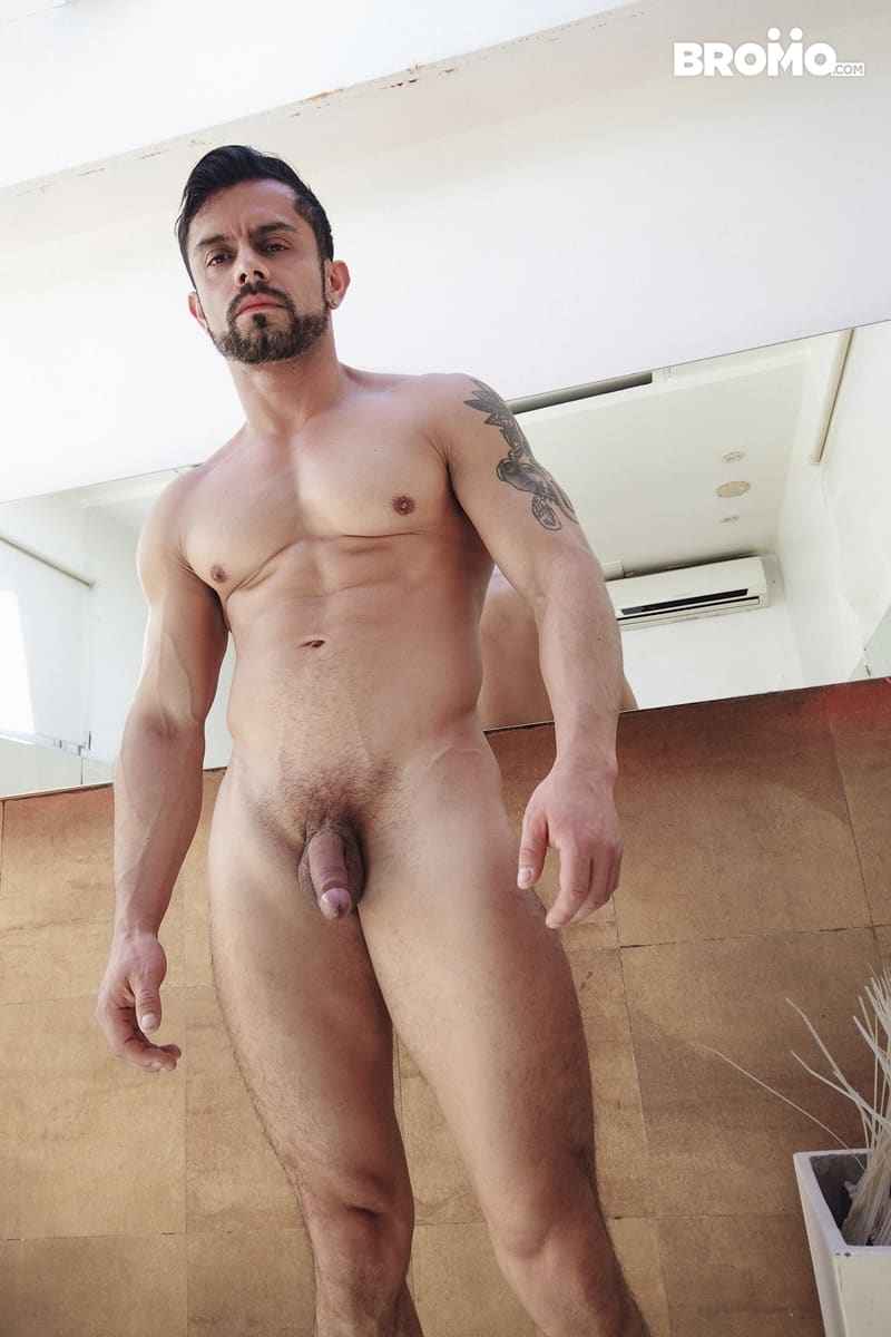 Tattooed-muscle-hunk-Bromo-Luciano-Peter-hardcore-bubble-butt-fucking-Bromo-003-Gay-Porn-Pics