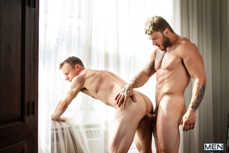Windom-Gold-fucks-ass-cheeks-William-Seed-huge-cock-tight-bubble-butt-Men-008-Gay-Porn-Pics