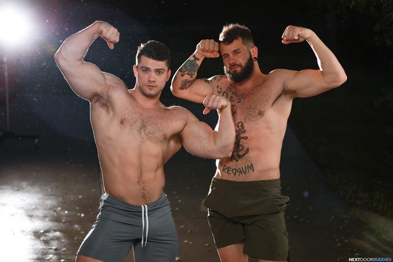Big muscle dudes Johnny Hill and Collin Simpson hardcore gay anal ass fucking