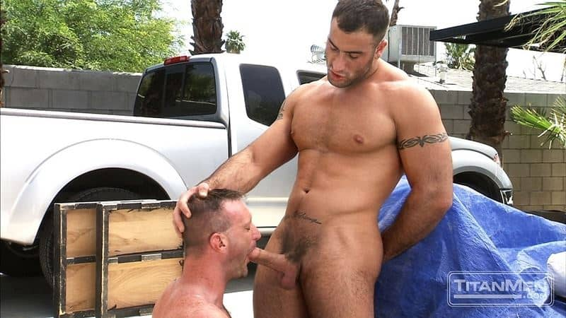 Big muscle dudes Spencer Reed's huge dick fucks hairy hunk Tibor Wolfe's hot hole